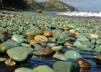 zenparadise_beach2pebbles_350x250